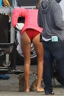 Kelly-Rohrbach-on-the-set-of-Baywatch-in-Savannah--10