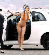 Bella-Thorne--Bikini-Photoshoot-2016--39-662x744