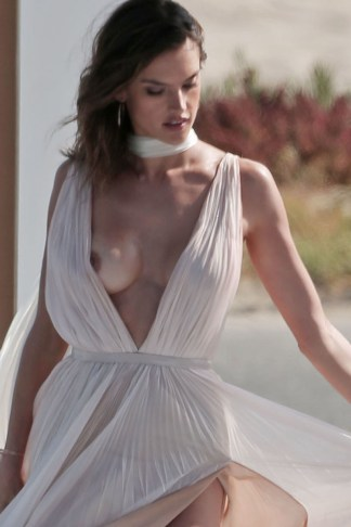 151471, CONTAINS NUDITY Alessandra Ambrosia experiences several wardrobe malfunctions during a secret photo shoot on the beach for her 'Ale' by Alessandra fragrance. Los Angeles, California - Wednesday May 4, 2016. Photograph: © , PacificCoastNews. Los Angeles Office: +1 310.822.0419 UK Office: +44 (0) 20 7421 6000 sales@pacificcoastnews.com FEE MUST BE AGREED PRIOR TO USAGE