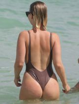 bianca-elouise-in-swimsuit-at-a-beach-in-miami-07-16-2016_3