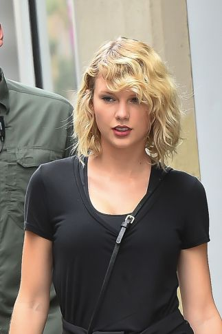 taylor-swift-leaves-a-gym-in-new-york-09-07-2016_19