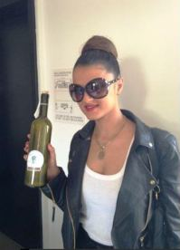 GIGI FROM 'THE SHAHS OF SUNSET AT THE WOW GIFT LOUNGE ON FEBRUARY 18, 2013