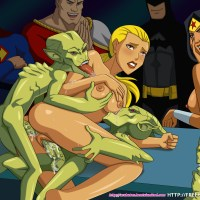 Artemis likes being double penetrated by crazy alien creatures a lot!
