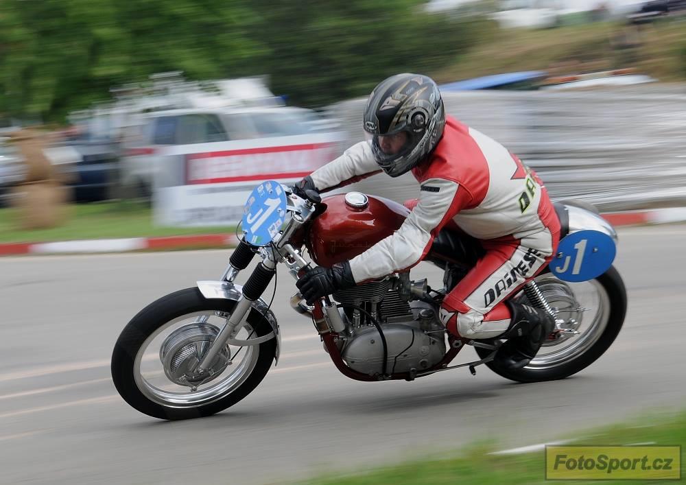 Junak Racer