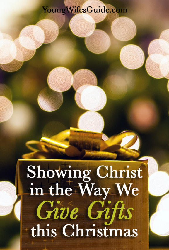 showing-christ-in-the-way-we-give-gifts-this-christmas