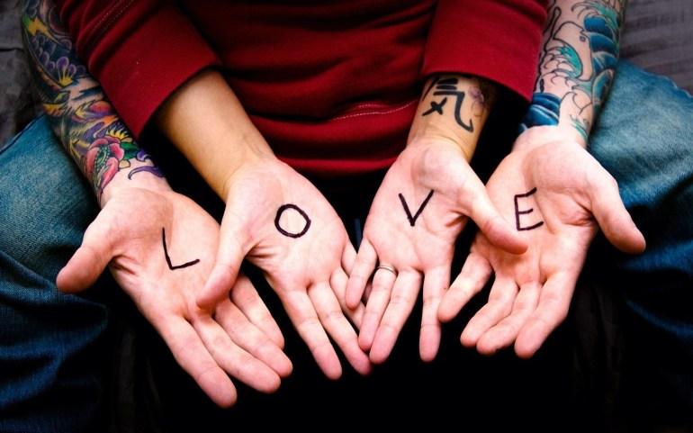 Love-Hands-1920x1200