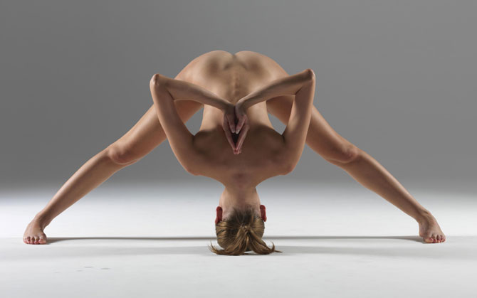 Nude Yoga Instructor Shows Off Amazing Poses