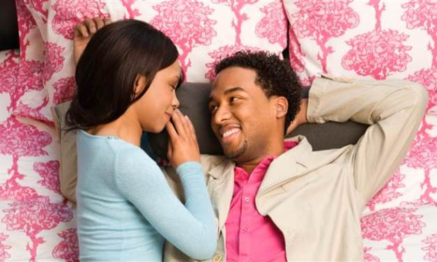 Body Language Flirting Behaviours You Don't Know You're Doing