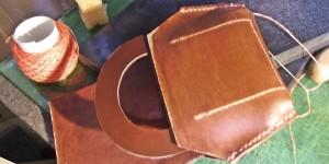 ガマ口の小銭入れ部分の内側(オーダーメイドの三つ折り財布)