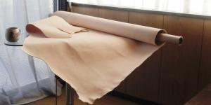 厚みを足す為の床革(とこがわ)