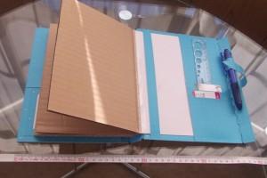 背表紙2(オーダーメイドの手帳カバーの試作品)