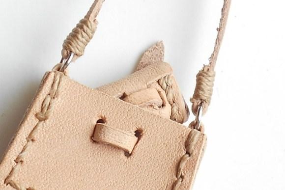 ぷち肩掛け鞄にしっくりサイズのポーチなんです