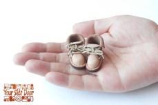 小人サイズの靴のマグネット