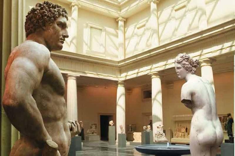 met-gallery-statues