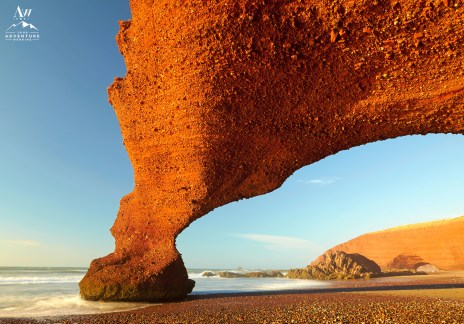 morocco-wedding-adventure-red-arch