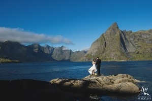 Couple eloping in front of a mountain in Lofoten Islands