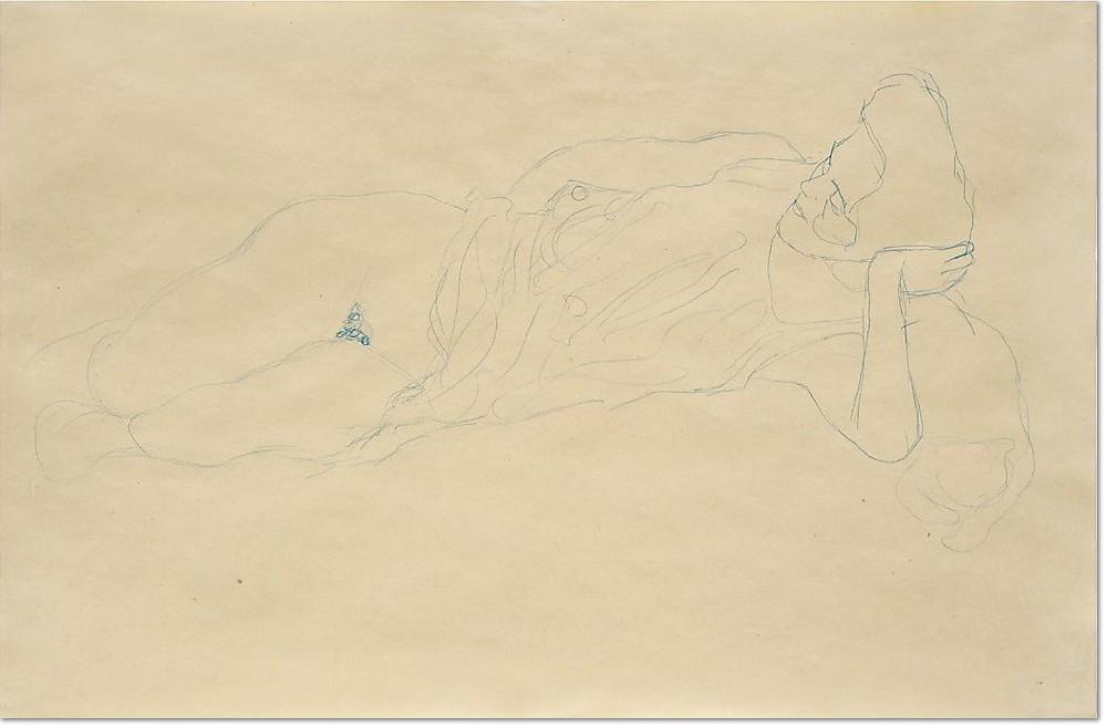 Gustav Klimt, AUFGESTÜTZT LIEGENDE MIT HOCHGERAFFTEM KLEID, 1908/09, Blauer Farbstift auf Papier, 368 x 557 mm Verso: STEHENDE MIT ERHOBENEM LINKEN ARM, 1906/07 Roter Farbstift auf Papier, 368 x 557 mm Verso: Nachlassstempel