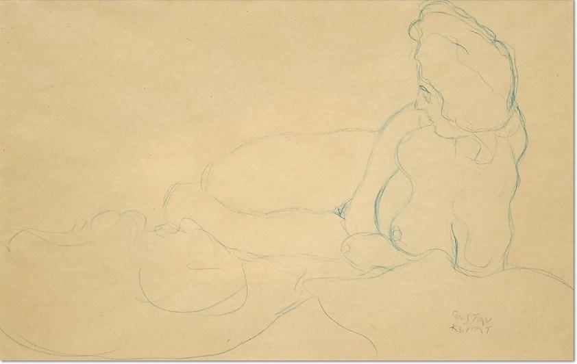 Gustav Klimt: 'WEIBLICHER AKT, AUFGESTÜTZT LIEGEND' 1908/09, Blauer Farbstift auf Papier, 37 x 56 cm