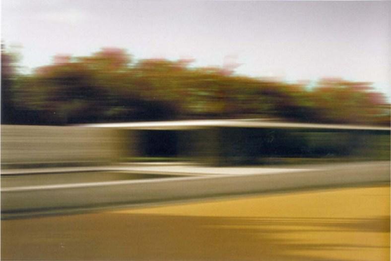 """Thomas Ruff:""""Barcelona Pavillio, d.b.p.08"""", 2000/2004, aus der L.M.V.D.R., Ludwig Mies van der Rohe Serie, Color C-Print, signiert, limitieret Auflage 250 Exemplare, Format: 41,9 x 30,5 cm."""