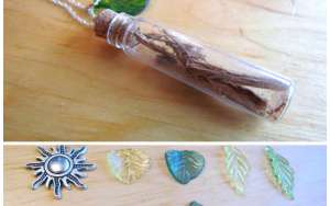 Ayahuasca Banisteriopsis caapi vine DMT Yajé bottle cork necklace w/ glass leaf Silver w/  charm18""
