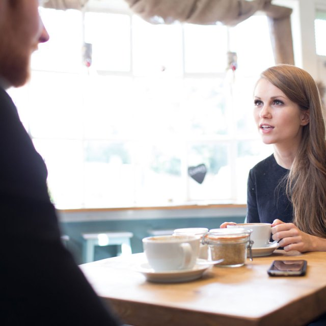 35 of the Best Ice-Breaking Questions for a First Date