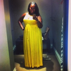 You know I had to get a little shopping in while on vacation. Here I am playing dress-up in this pretty Banana Republic maxi. You know I bought it!