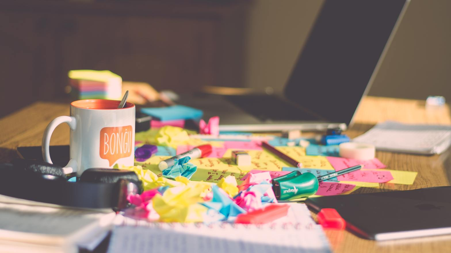 Interior designers, don't confuse chaos and creativity. Get organised to release your creativity
