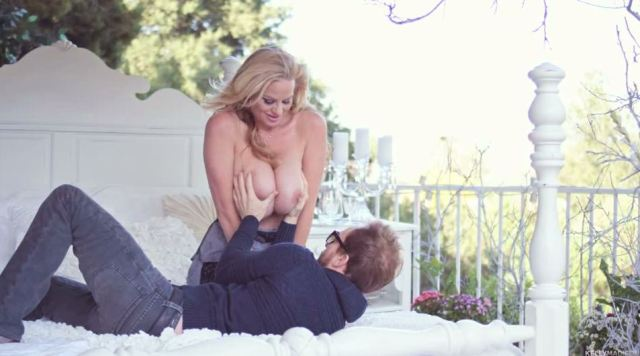Kelly Madison - Frosted1