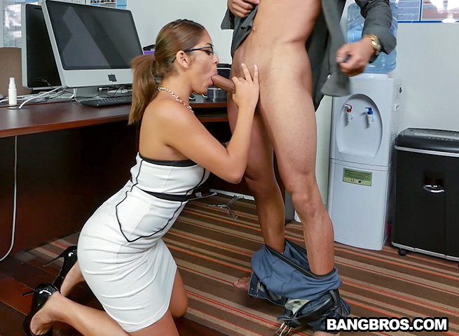 mia-martinez-office-fuck-and-a-bit-of-squirting