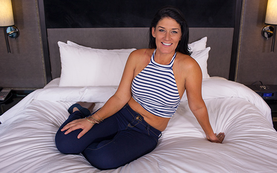 sexy-midwest-milf-porn-first-timer