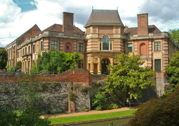 The Crown Filming Locations- Eltham Palace