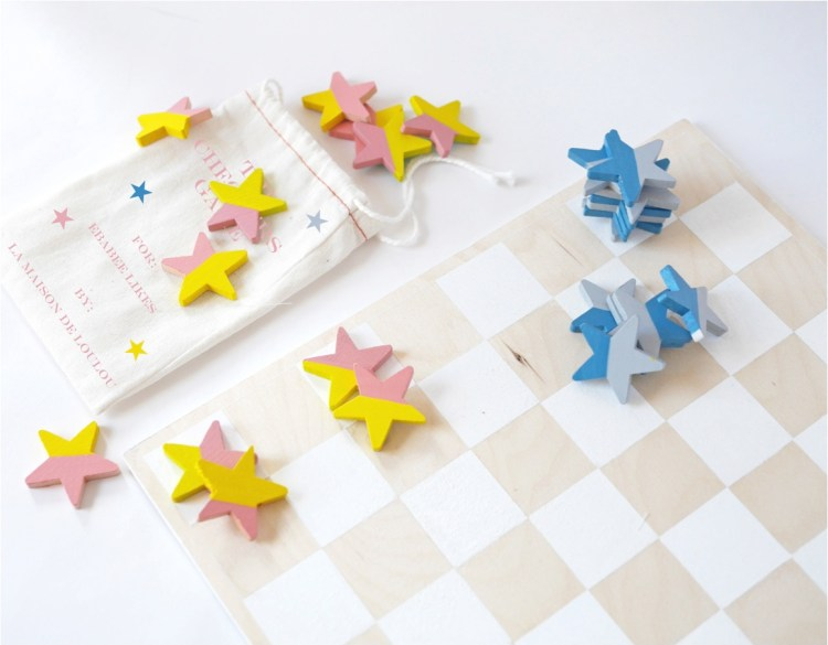 """DIY checkers board game"""