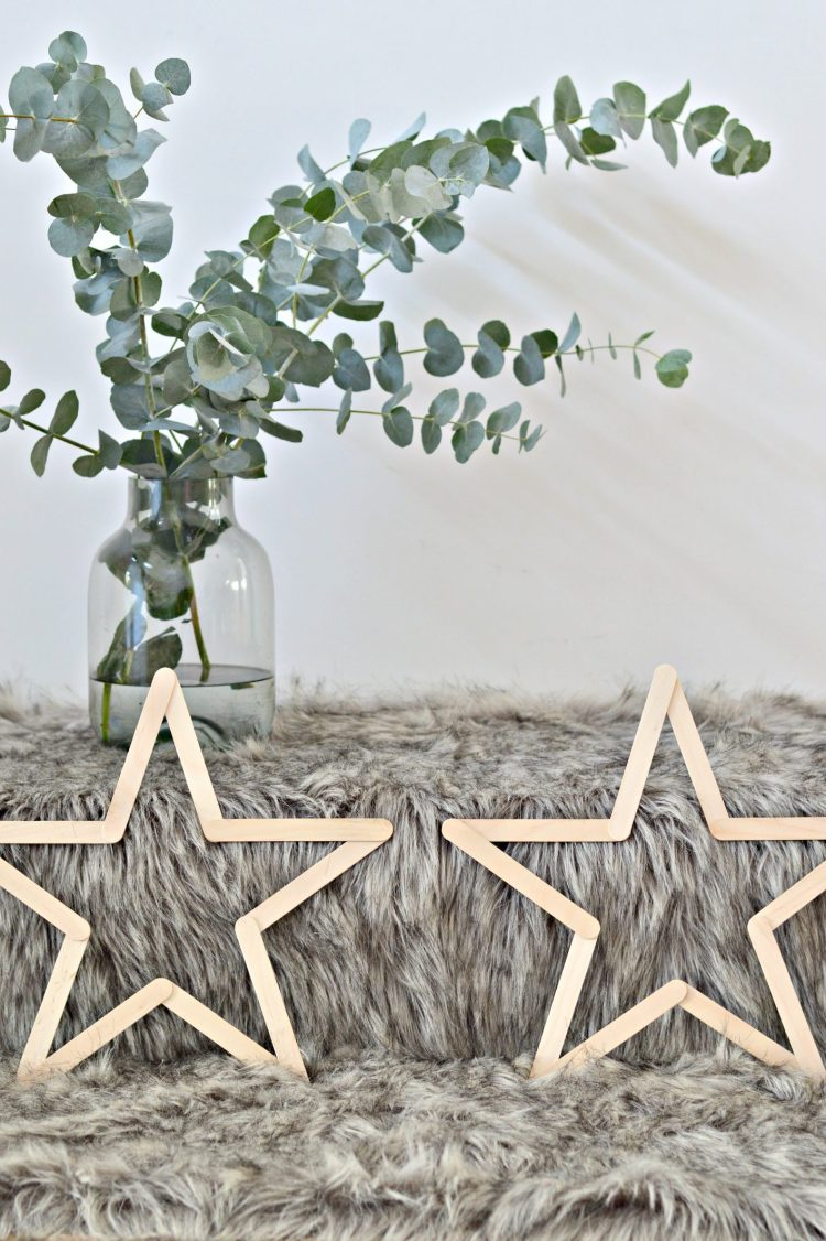 easy DIY wooden stars