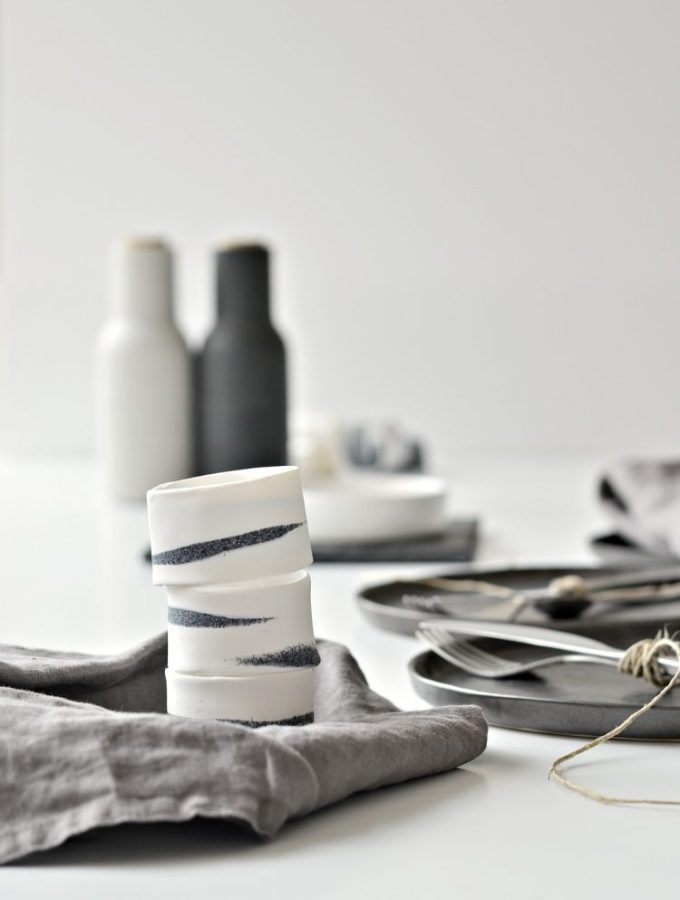 Make these DIY napkin rings in under 10 minutes (+ baking time)