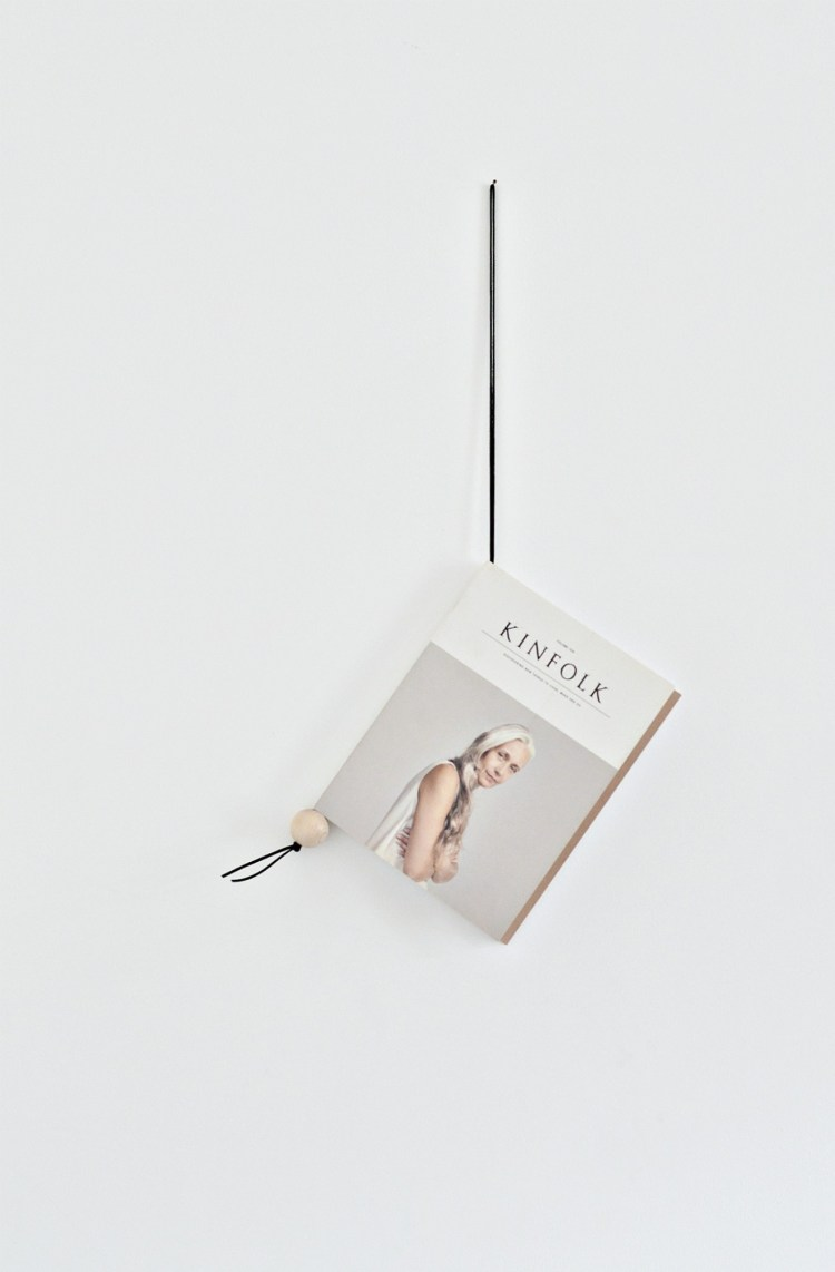 how to make a hanging magazine holder