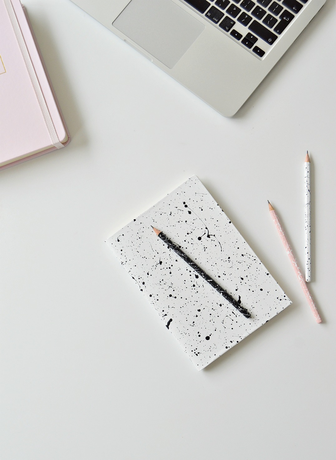 Diy Notebook Cover Ideas : Diy paint splatter notebook covers and pencils home