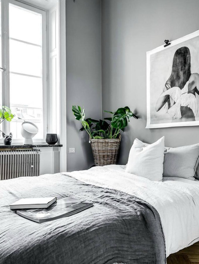 Cut the clutter! How to declutter your bedroom and keep it clutter-free