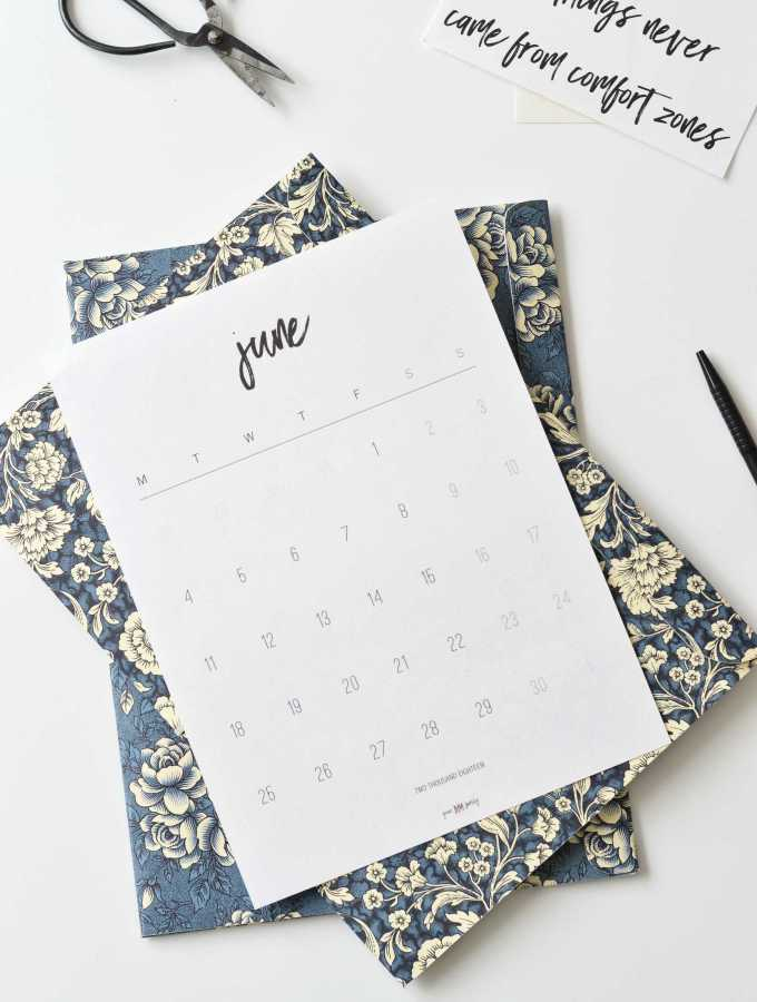 Free printable June 2018 calendar