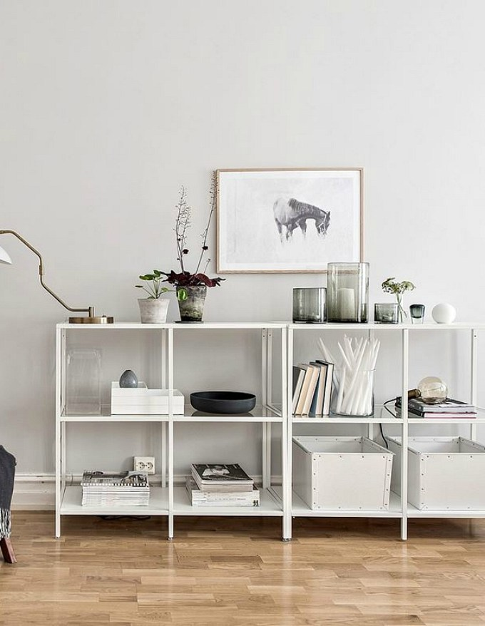 Little decor ideas for big impact: style those open shelves!
