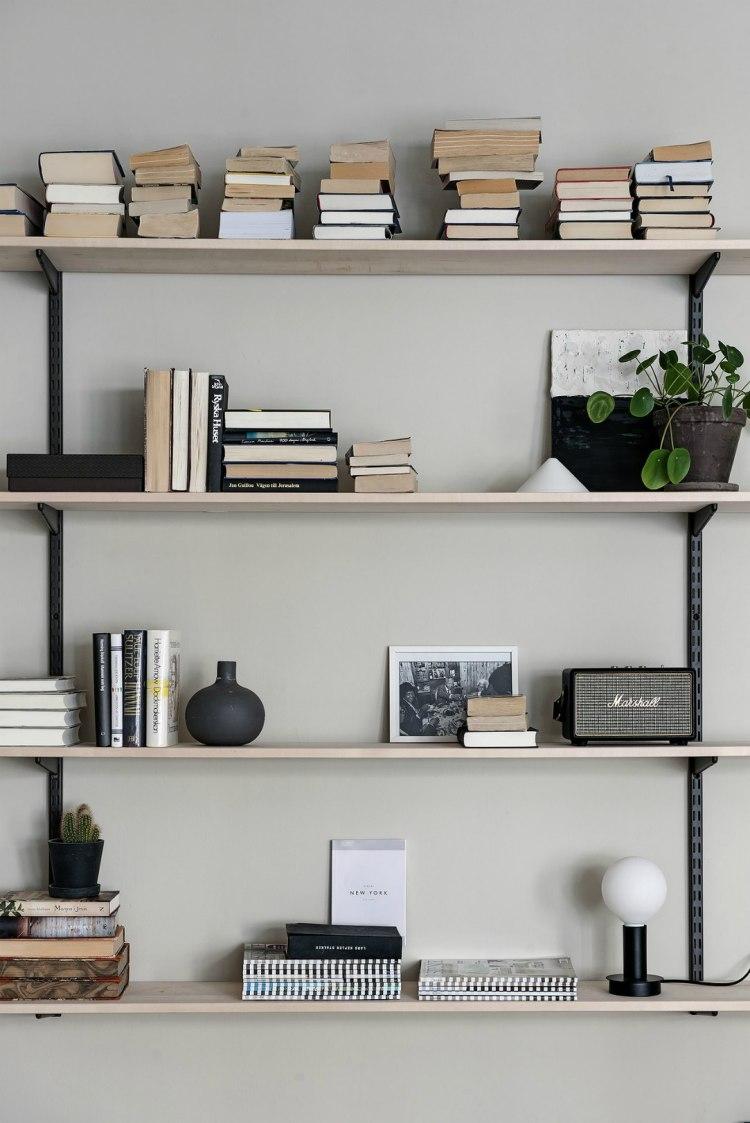 shelf styling tips living room