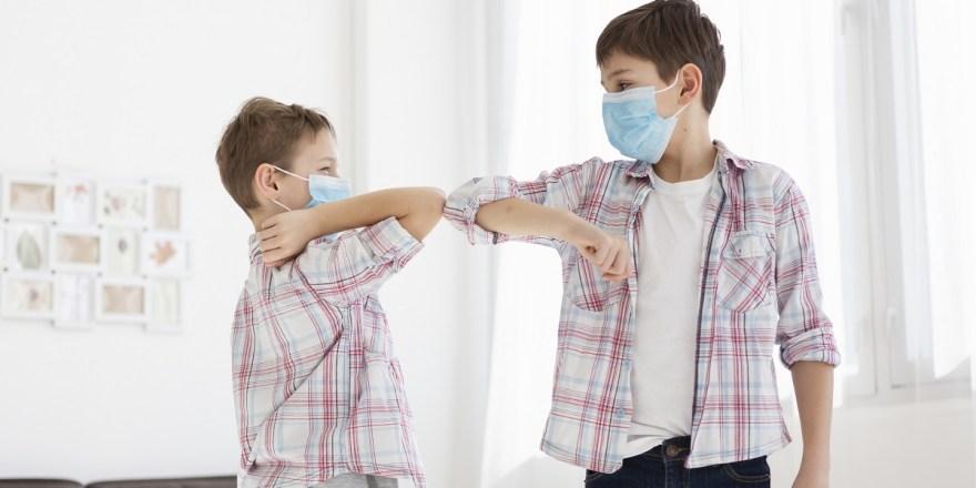 Χρήση μάσκας στα σχολεία: Απαντήσεις από την Eλληνική Παιδιατρική Εταιρεία