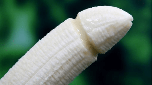Dole Recalls 27 Million Bananas for Having Penis DNA