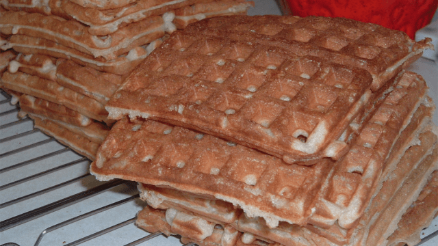 Frozen waffles are for tasteless psychopaths