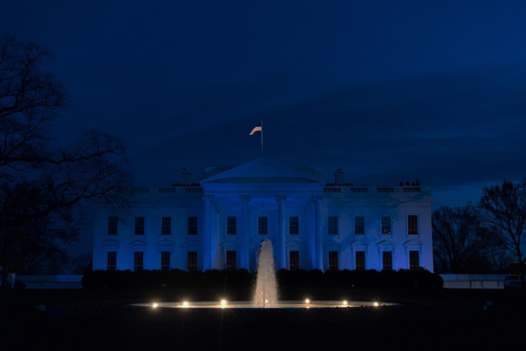DC prepared to shut off Utilities at White House If Trump refuses to leave