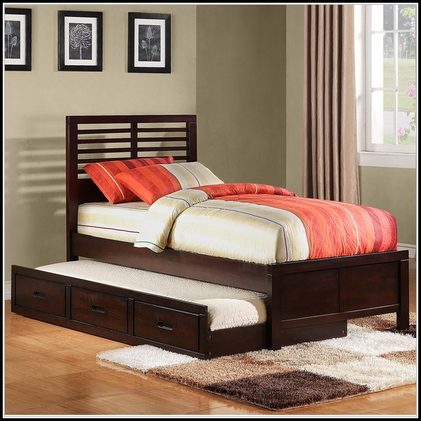 Full Size Bed With Trundle Unit