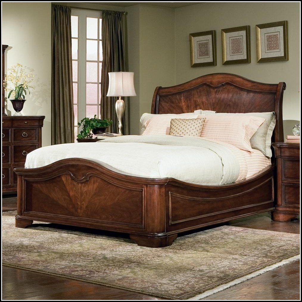 King Size Sleigh Bed With Mattress