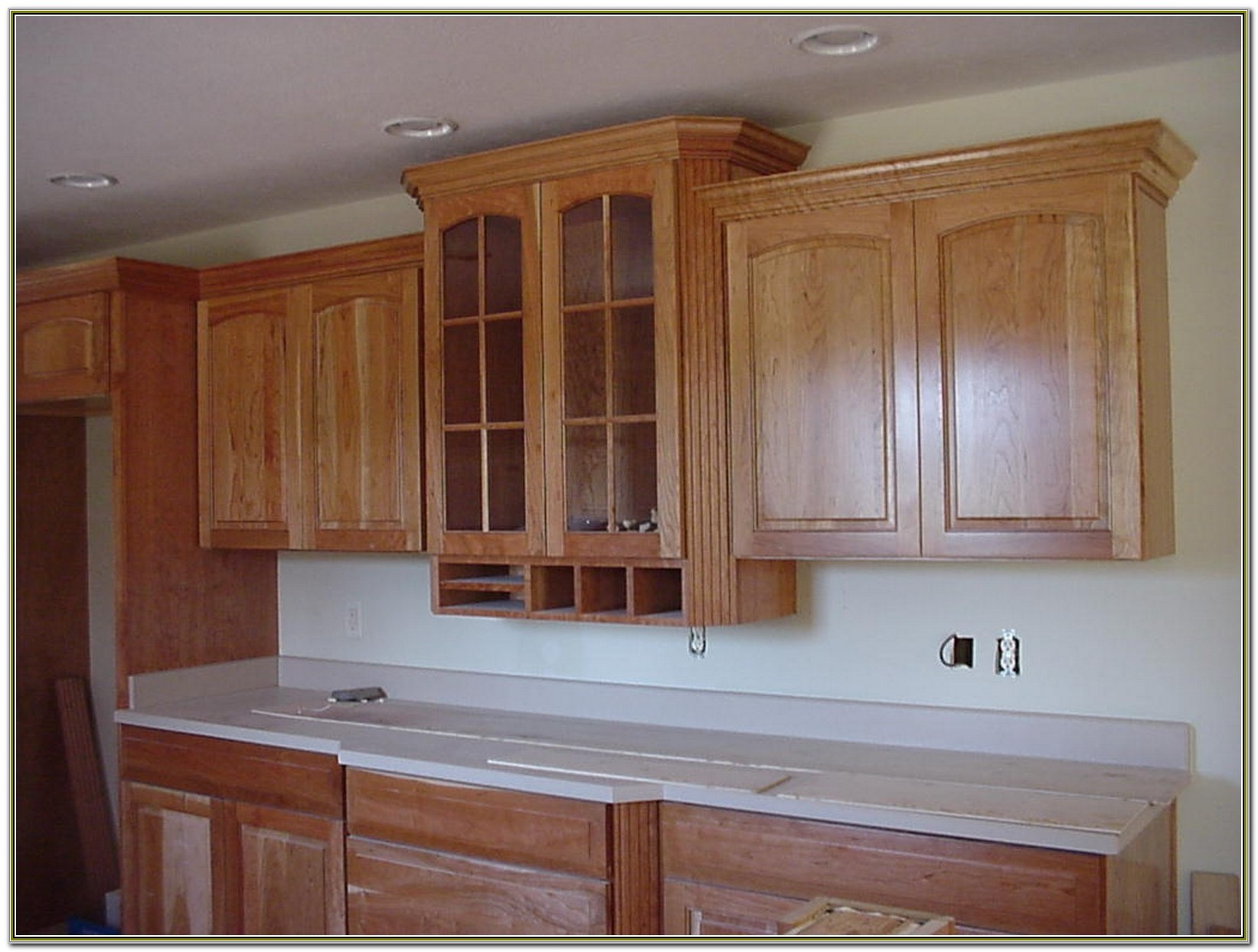 Kitchen Cabinet Crown Moulding Ideas