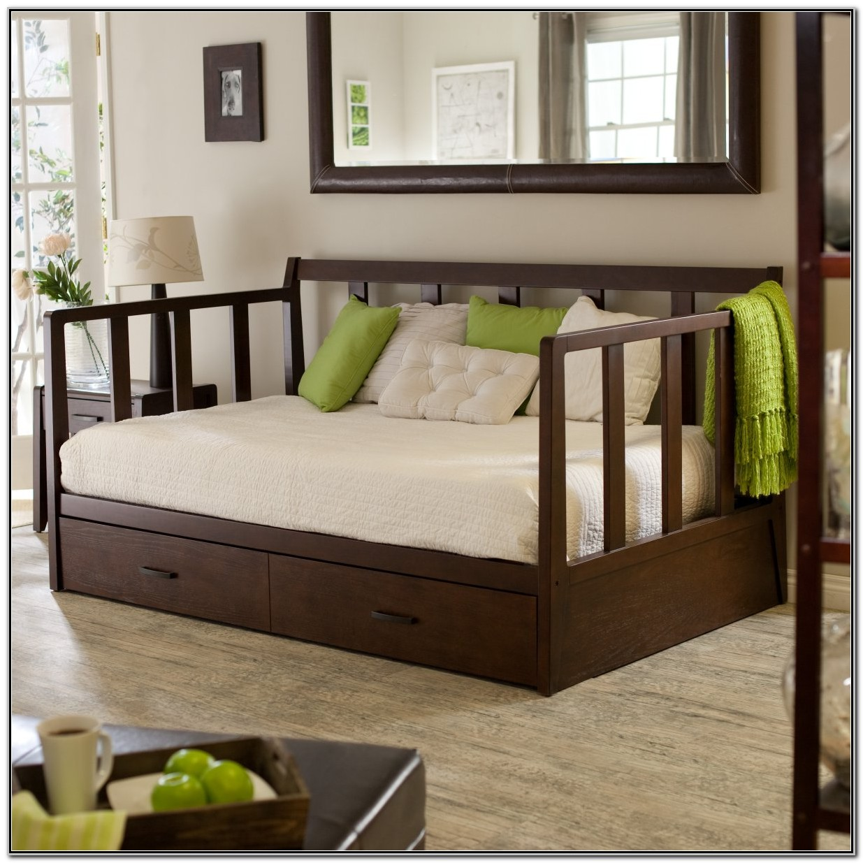 Living Room Daybed With Trundle