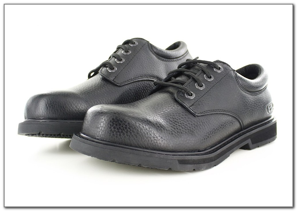 Best Kitchen Shoes For Chefs