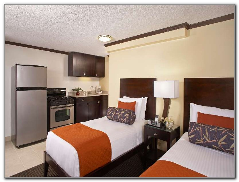 Hotels With Full Kitchens